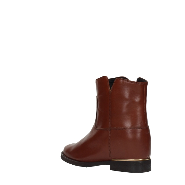 Essenza Booties Leather