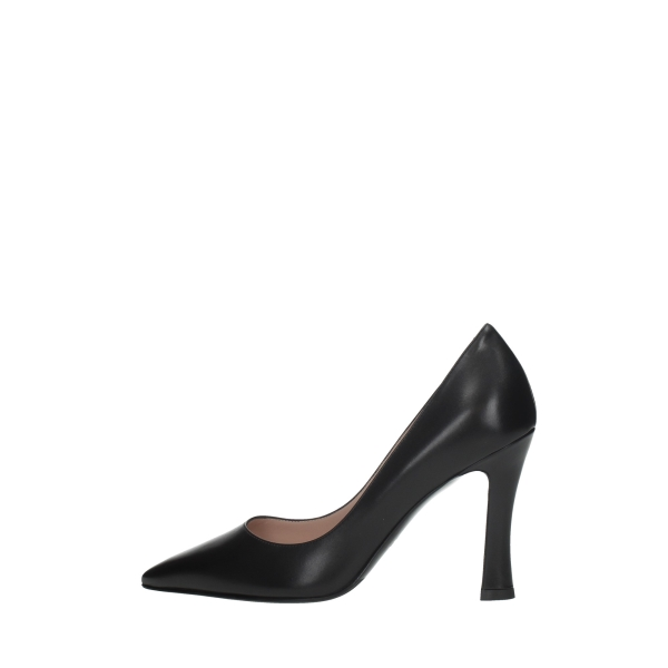 Lella Baldi Cleavage And Heeled Shoes Black