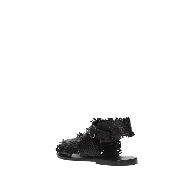 Strategia Sandals Black