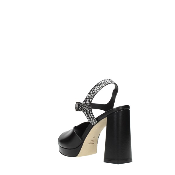 Duccio  Del  Duca Sandals Black