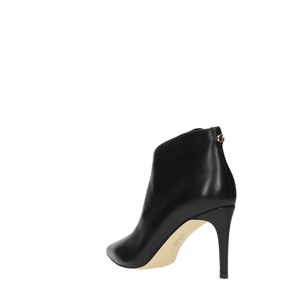 Guess Booties Black