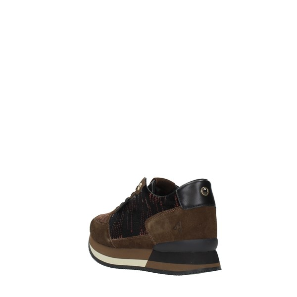 A P E P A Z Z A Sneakers Brown