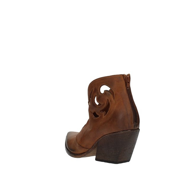 Strategia Booties Leather