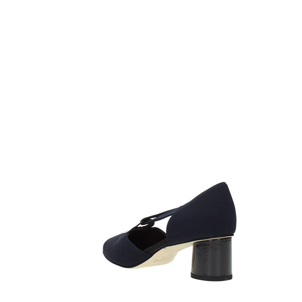 Brunate Cleavage And Heeled Shoes Blue