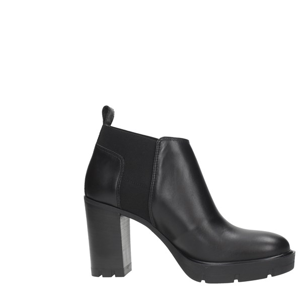 Janet Sport Shoes Women Booties Black 44833