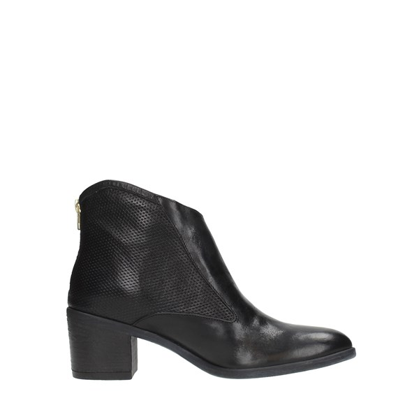 M A N A S Shoes Women Booties Black 11845
